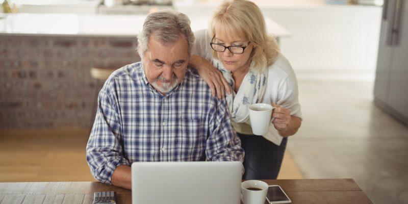 Inclusão Digital: Acer dá dicas para garantir melhor experiência online para idosos