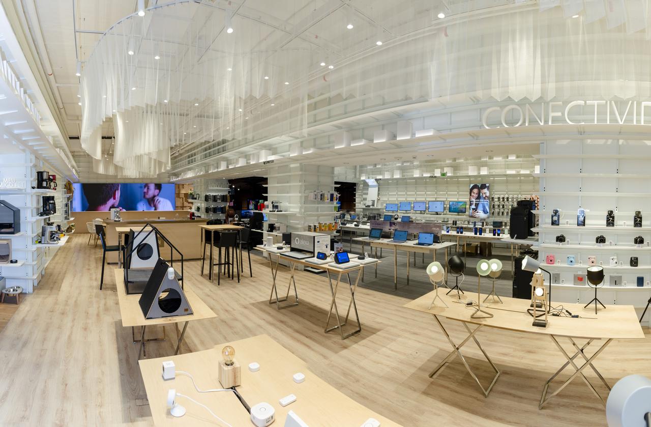 Categoria de casa inteligente está materializada na nova loja conceito da Fast Shop, no shopping Ibirapuera Jozzu Ribeiro