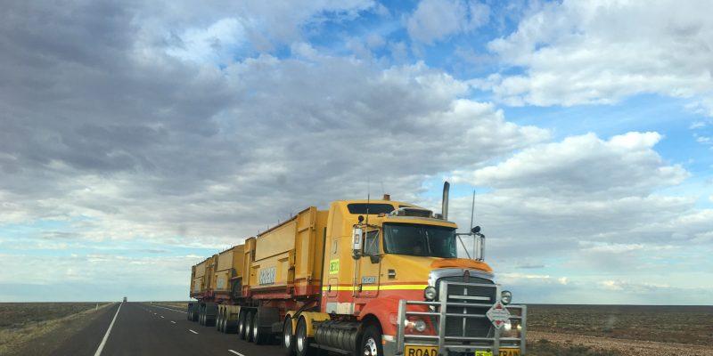 Bancarização de caminhoneiros: empresas devem buscar soluções digitais