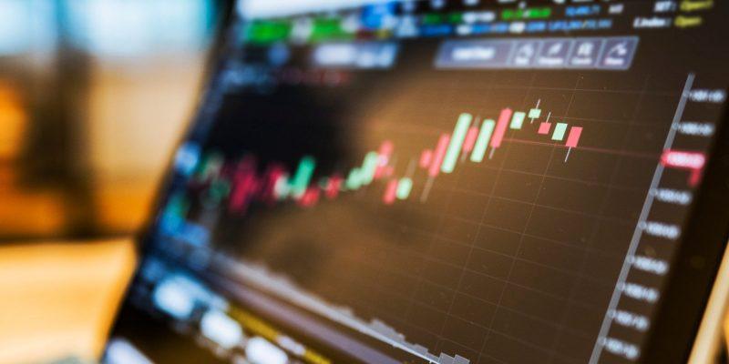 As ações e os fundos mais investidos no ano